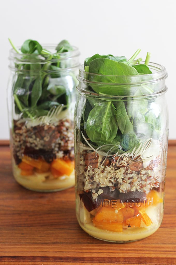 A quick and easy Meatless Monday meal on the go! Get the recipe for this roasted butternut squash and quinoa mason jar salad. | FitLiving Eats