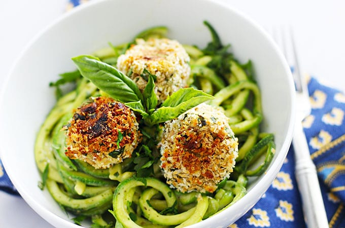 "Get the recipe for these Bean ""Meatballs"" & Zoodles (Zucchini Noodles) with an Avocado Pesto Sauce! #meatlessmonday #vegetarian #dinner #spiralized"