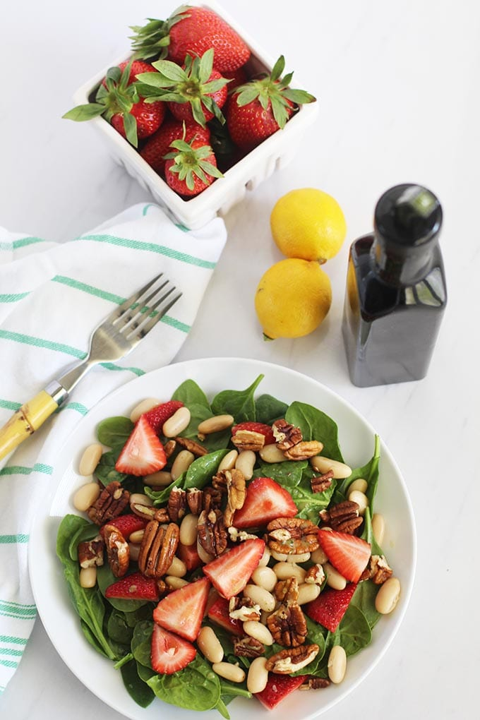 Get the recipe for this super simple, yet flavorful, Lemon Basil Vinaigrette perfect for Spring!