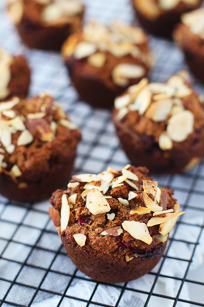 Cranberry Gingerbread Muffins (vegan and gluten free) - a healthier way to enjoy delicious holiday flavors!